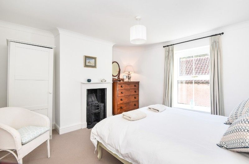 Holly House 2 bedrooms | Bedroom 2