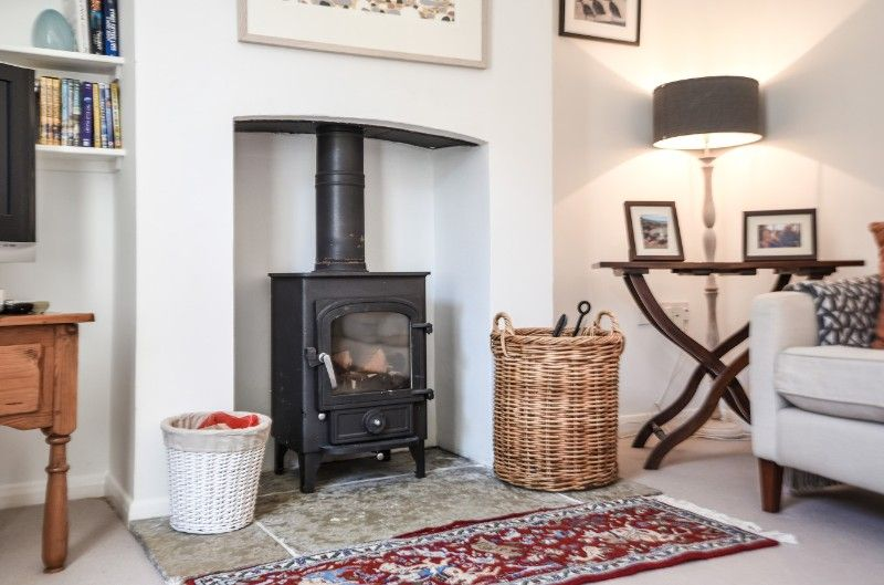 Holly House 2 bedrooms | Sitting room