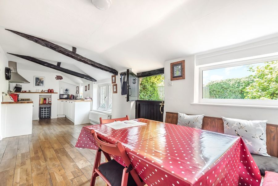 Hare Cottage | Kitchen dining area