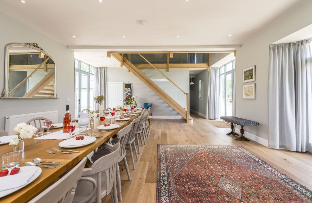 Drackenorth Lodge:  Dining hall which comfortably seats 20 guests
