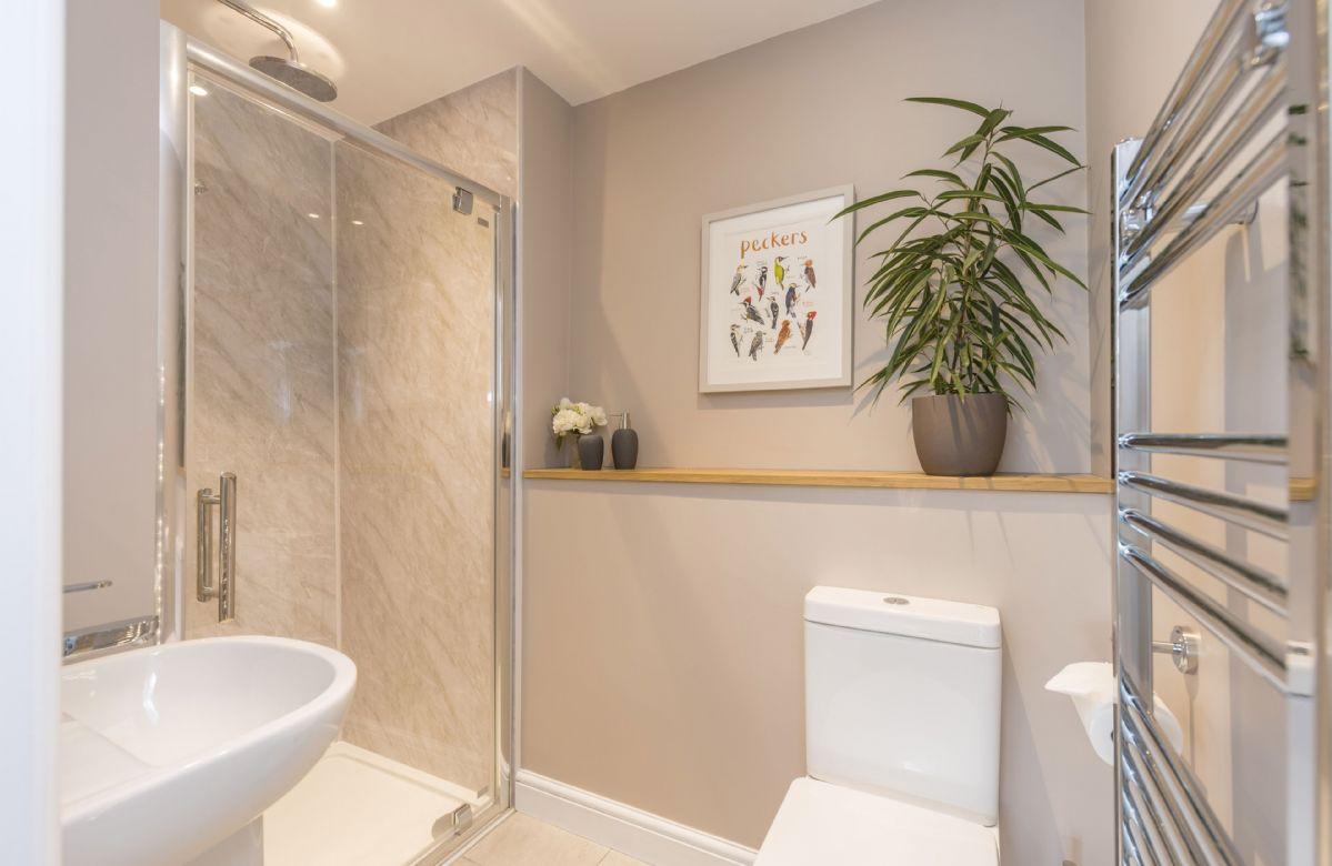 Bower Cottage: Ground floor en-suite shower room