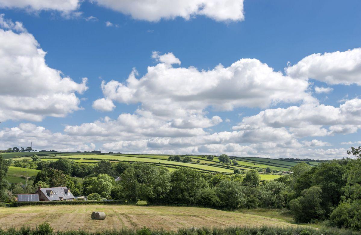 Far reaching views from Stapleford Farm Cottages