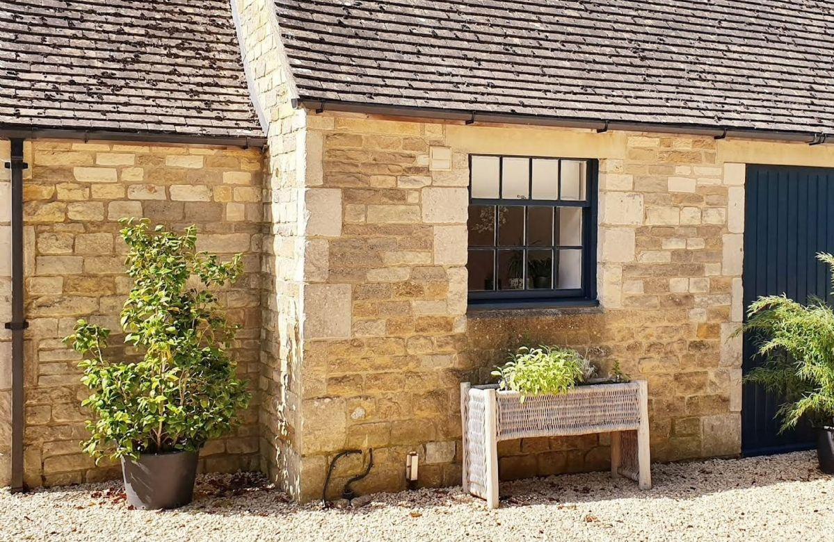Tally Ho Cottage is built from beautiful Cotswold Stone