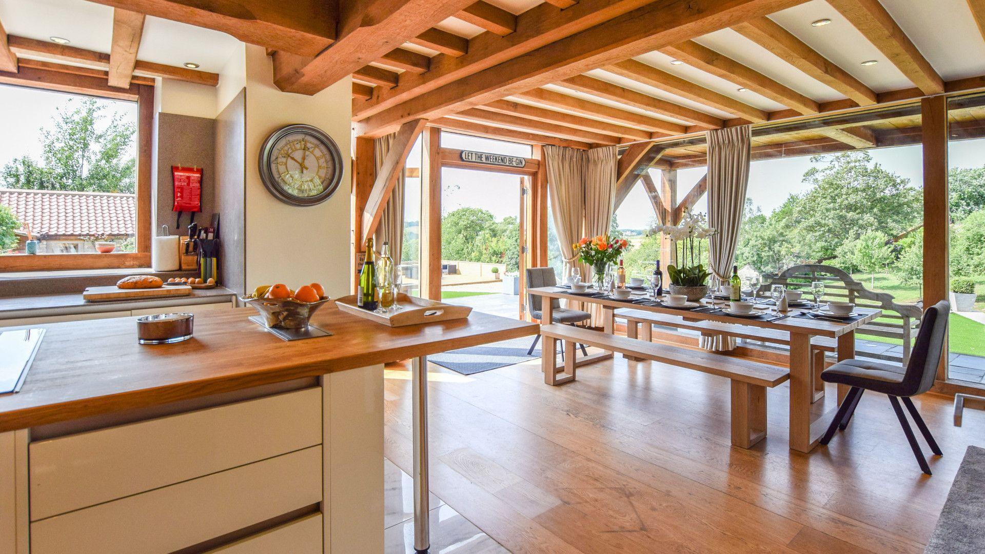Kitchen/dining area, Old Oak House, Bolthole Retreats