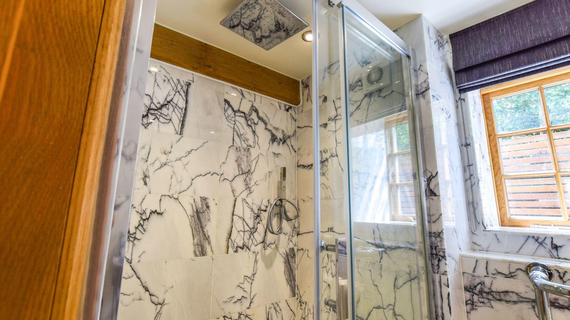 Annexe shower room, Old Oak House, Bolthole Retreats