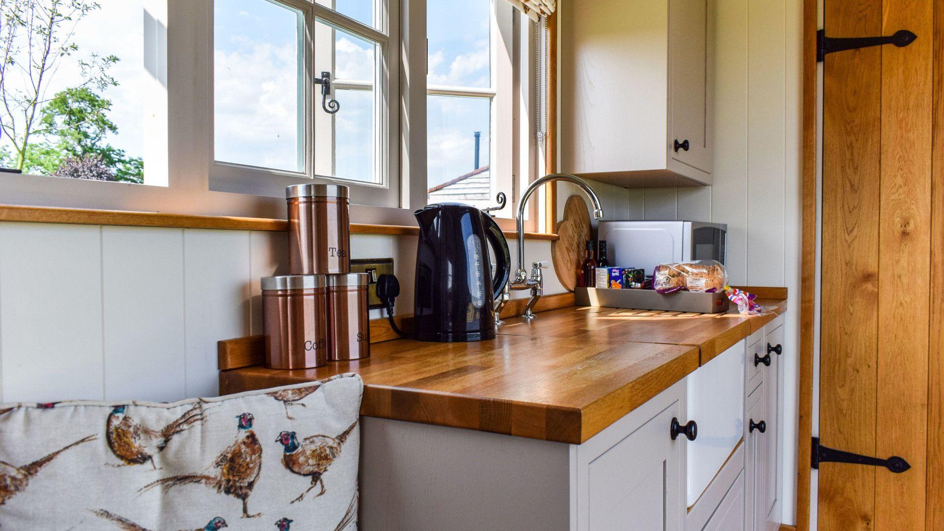Kitchenette, Shepherds Hut at Avon Farm, Bolthole Retreats