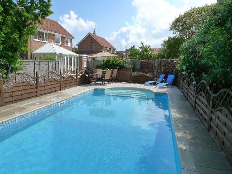 Eastwood House 2 Bedrooms | Pool