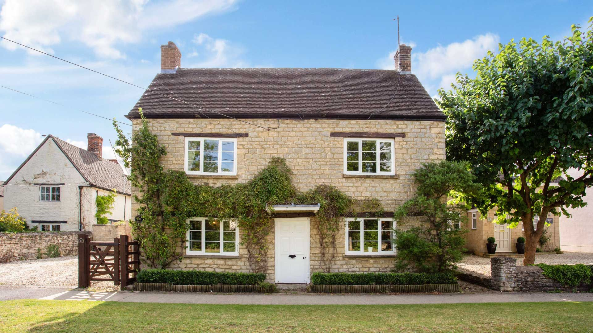 Pear Tree House - StayCotswold