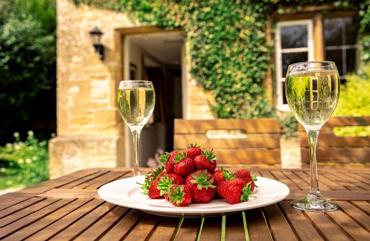 Enjoy a delicious treat al fresco