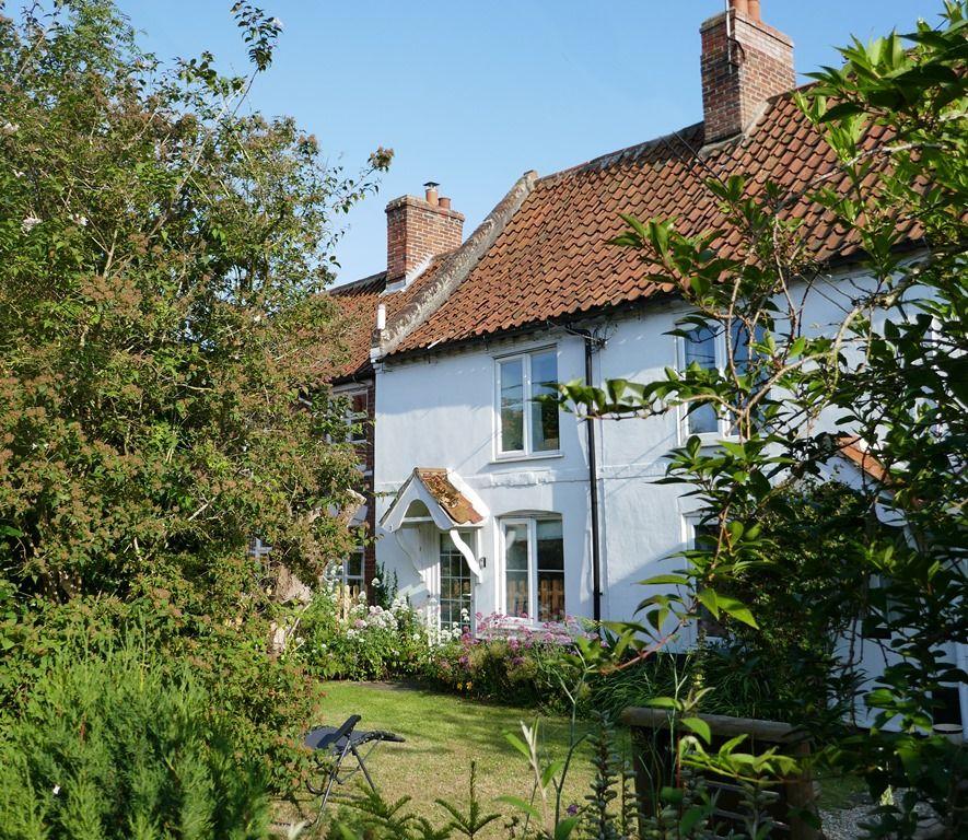 Sandpiper Cottage | Outside