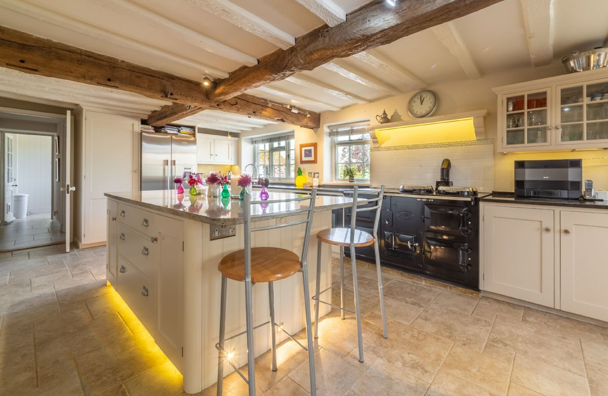 Ground floor: Kitchen with island unit and Aga