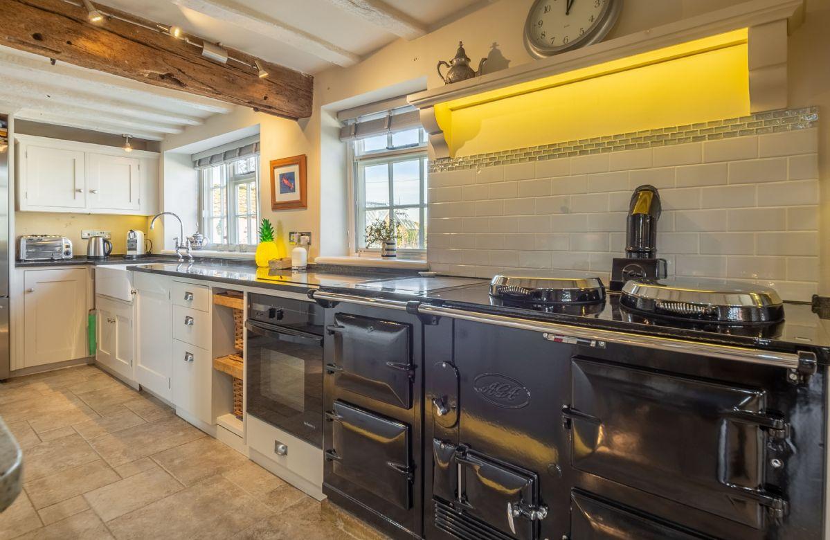 Ground floor: Kitchen with Aga