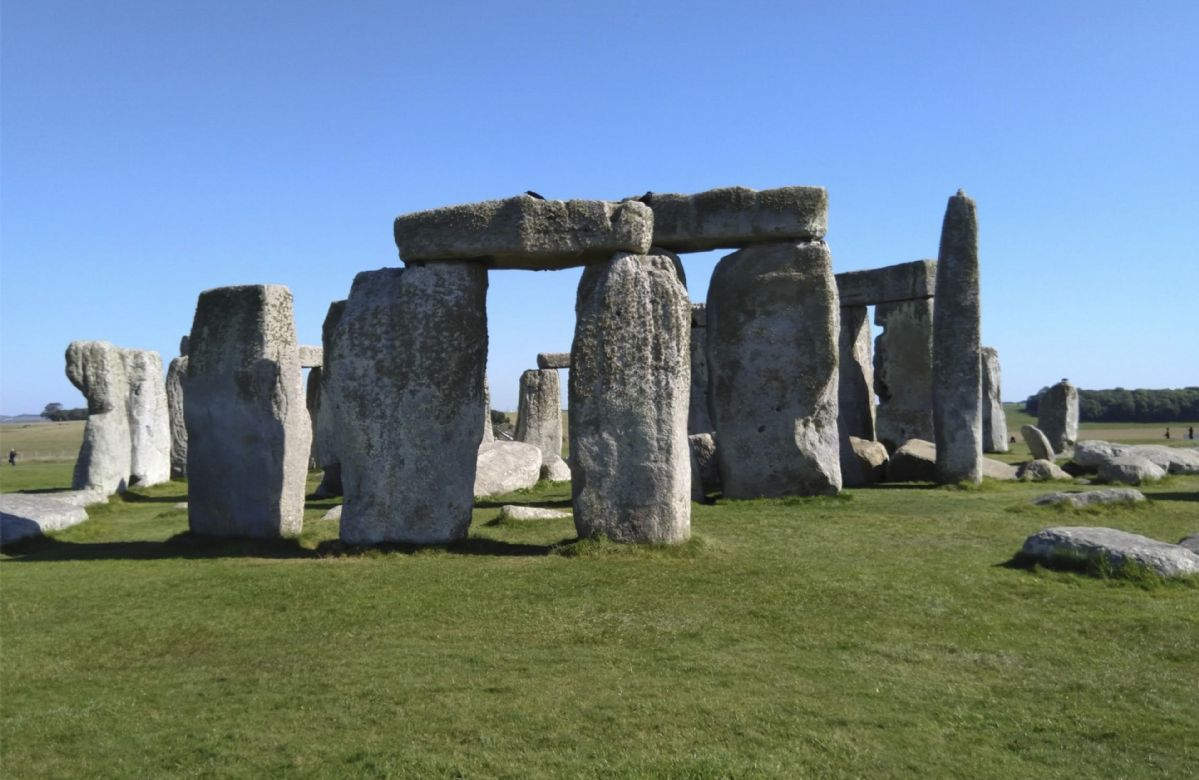 Discover 4,500 Years Of History At This Iconic Landmark - Stonehenge