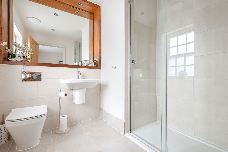 Oystercatchers | Ensuite