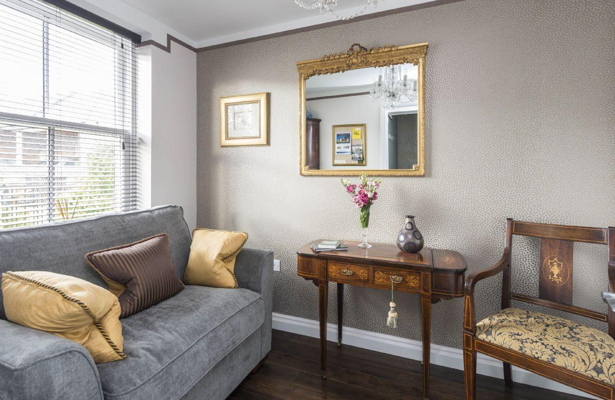 Upper ground floor: Snug room with cuddle chair