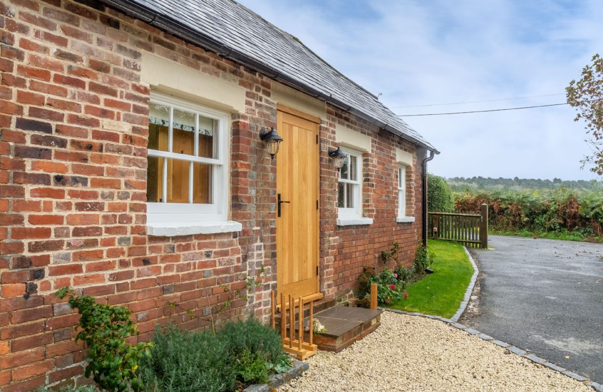 The cottage is situated in the High Weald in an Area of Outstanding Natural Beauty
