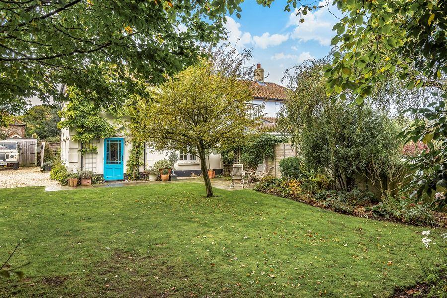 Pebble Cottage | Garden
