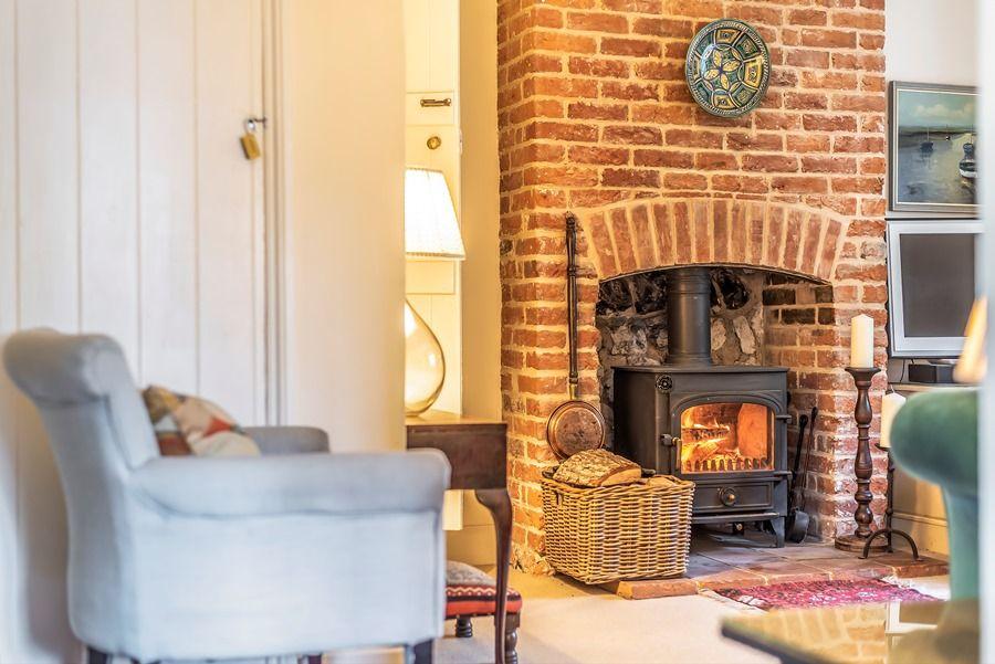 Pebble Cottage | Wood burner