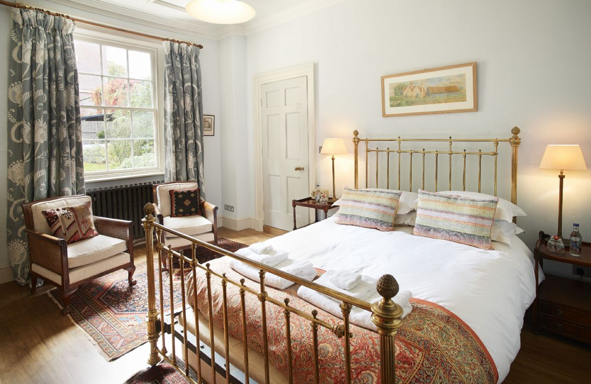 Ground floor: Double bedroom with private bathroom