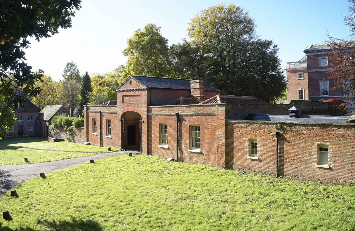 Former gate house with Stewards House on the right-hand side