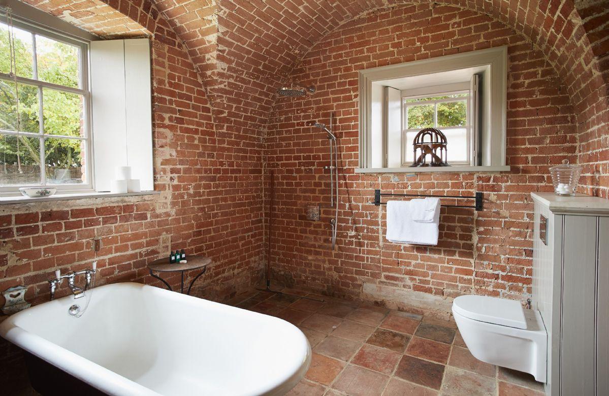 Ground floor: Free standing bath in this stunning bathroom