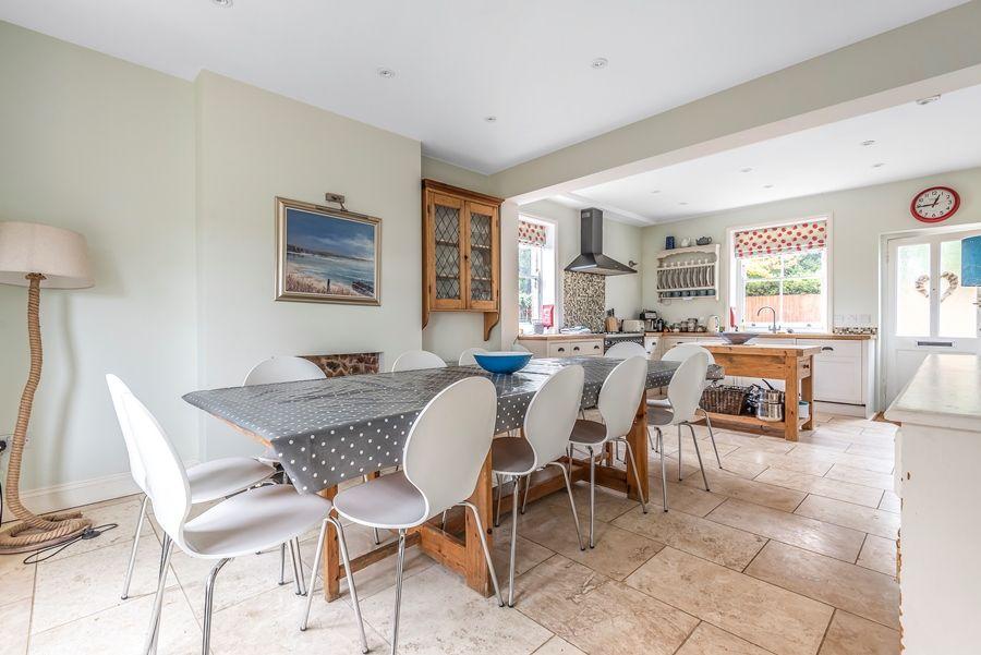 Holmhurst | Dining area