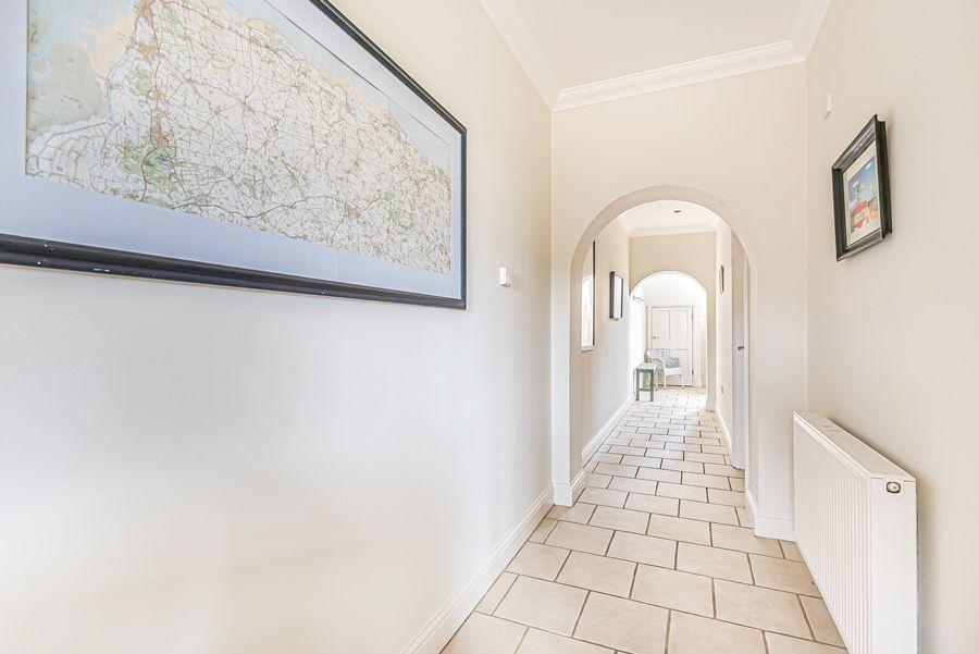 Sandpiper Cottage Titchwell | Hallway