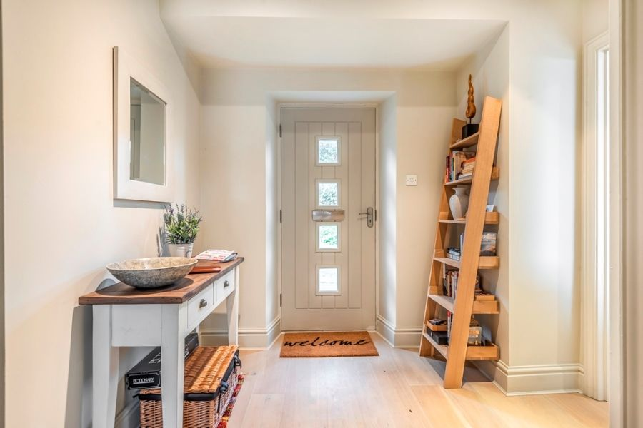 Flint Cottage, Beacon Hill | Entrance hall