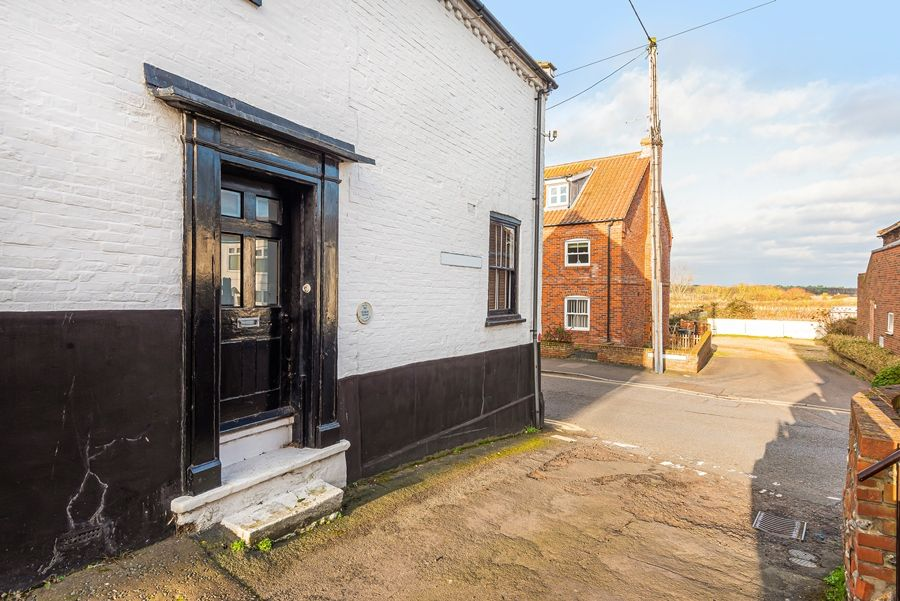 Dogger Inn with Attic | Close to harbour