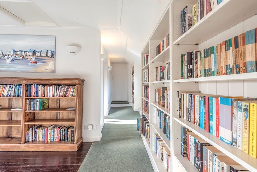 Norton Cottage | Book lined landing