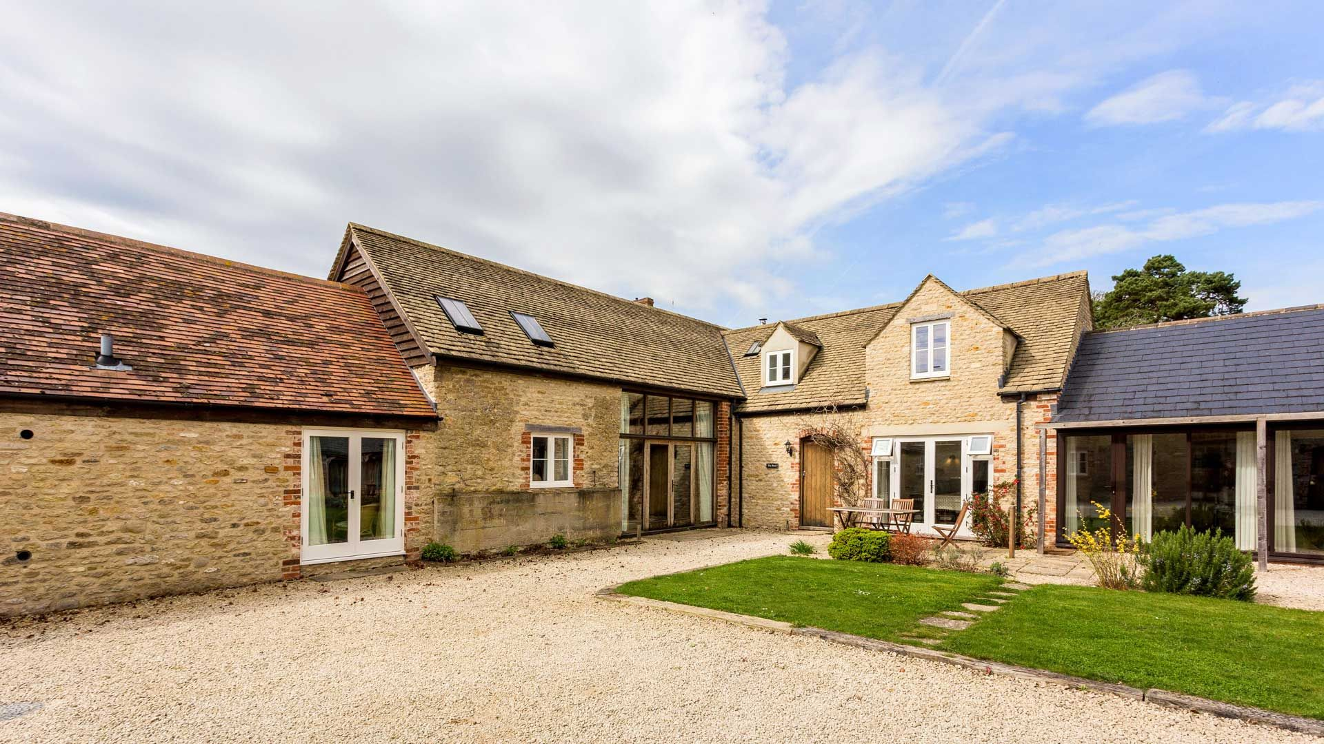 The Barn - StayCotswold