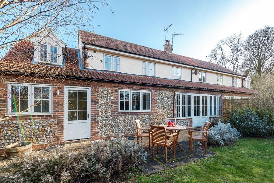 1 Waterhall Cottages   Back garden