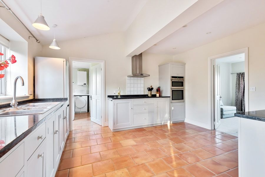 1 Waterhall Cottages | Kitchen