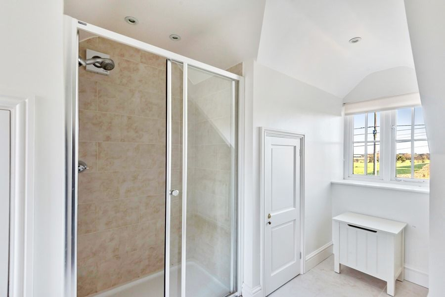 1 Waterhall Cottages | Shower