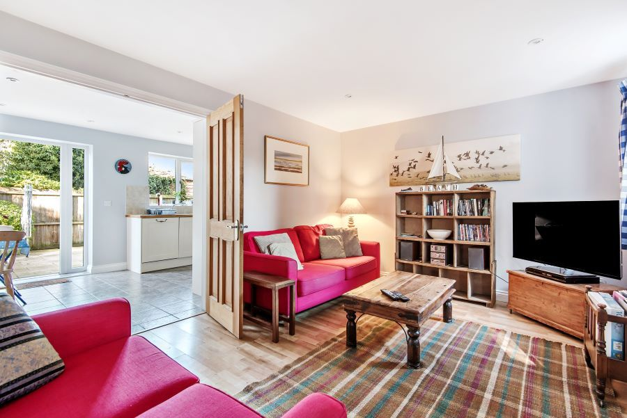 1 Smugglers Cove | Sitting room