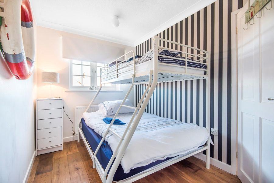 Mermaid Cottage 2 Bedroom | Bunk room