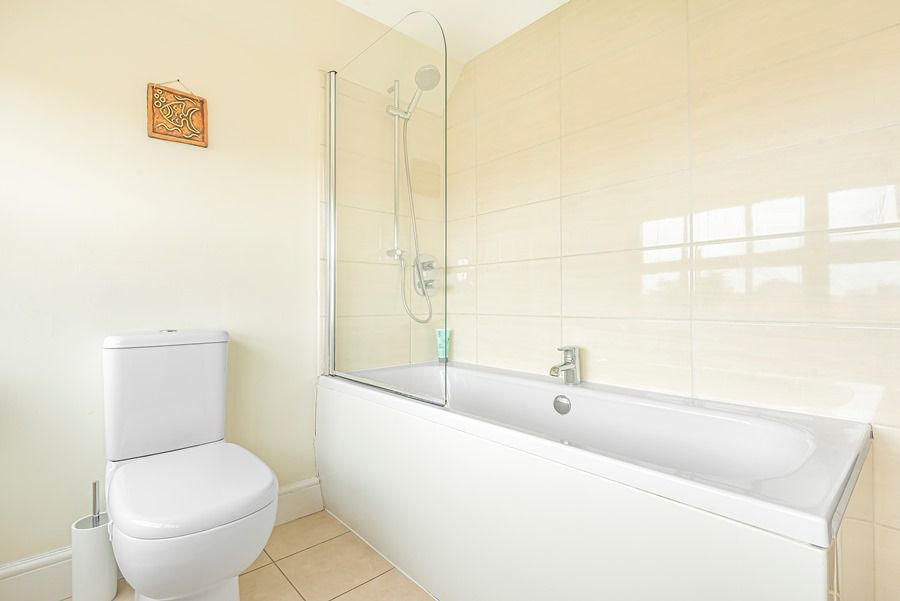 5 Monteagle | Bathroom