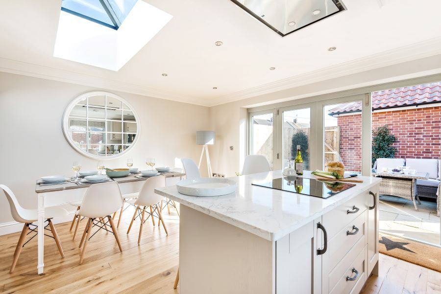 1 Knights Cottage | Kitchen/dining