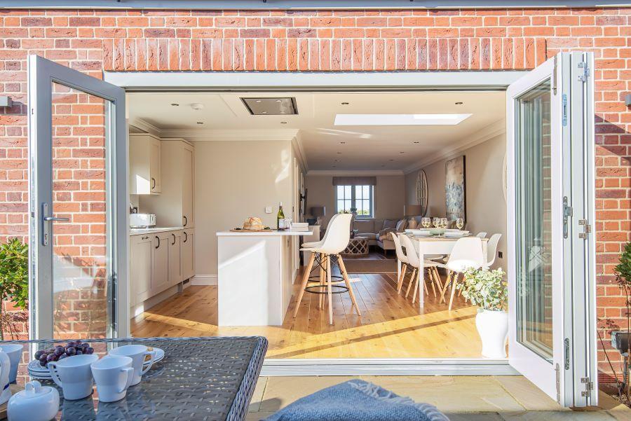 1 Knights Cottage | Bi-fold doors