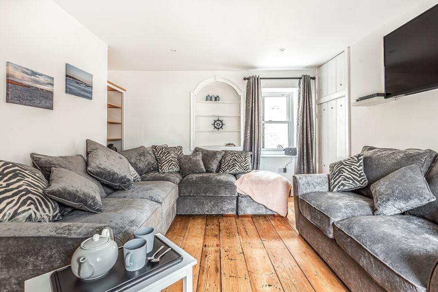 Butts Corner | Sitting room