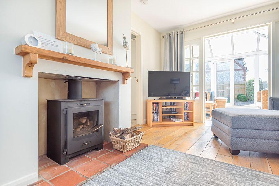 Eastwood House 2 Bedrooms | Wood burner