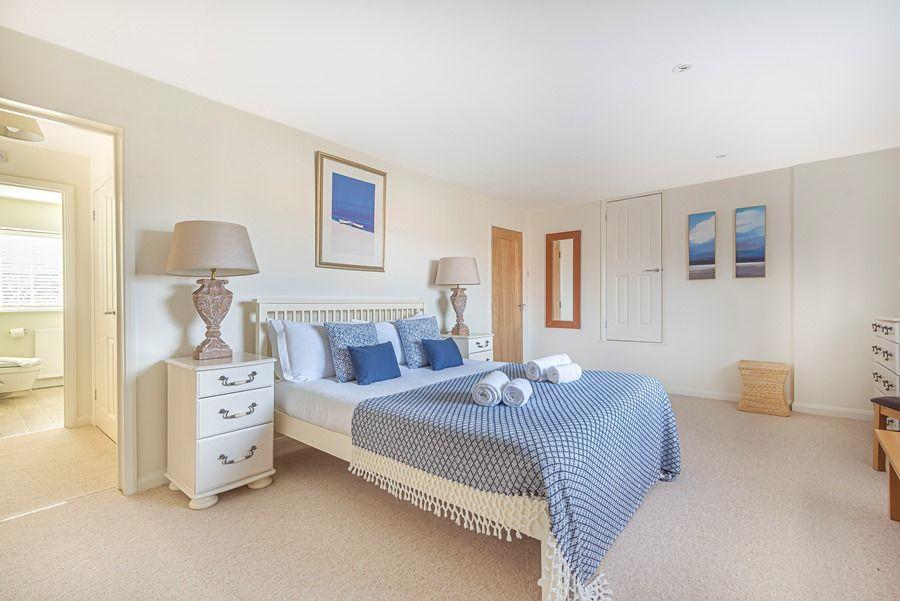 Eastwood House 2 Bedrooms | Bedroom 1