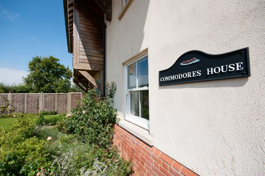 Commodores House 3 bedrooms | Sign