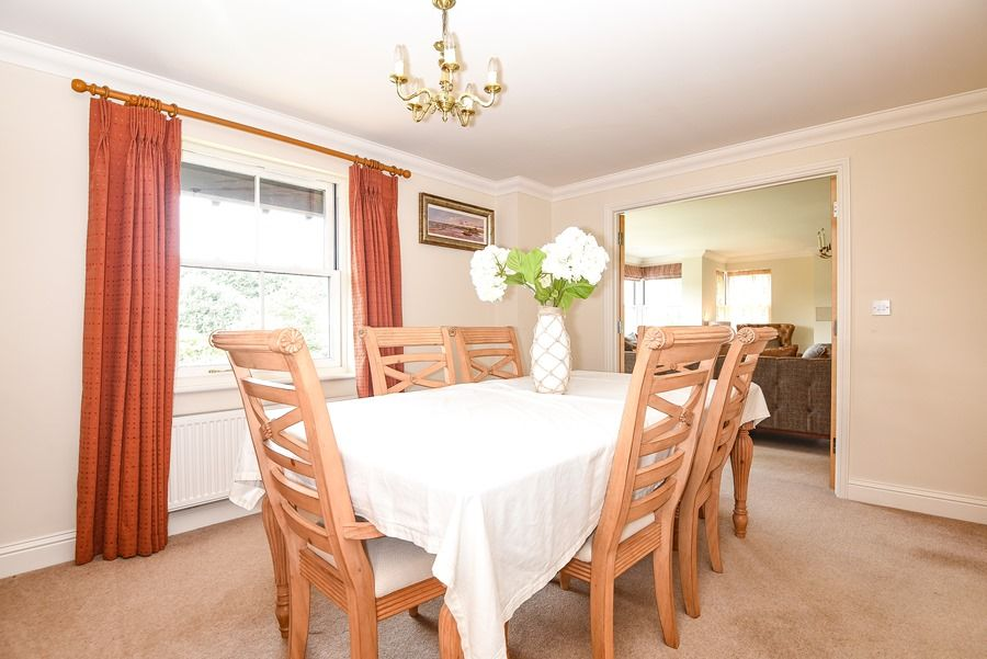 Commodores House 3 bedrooms | Dining room
