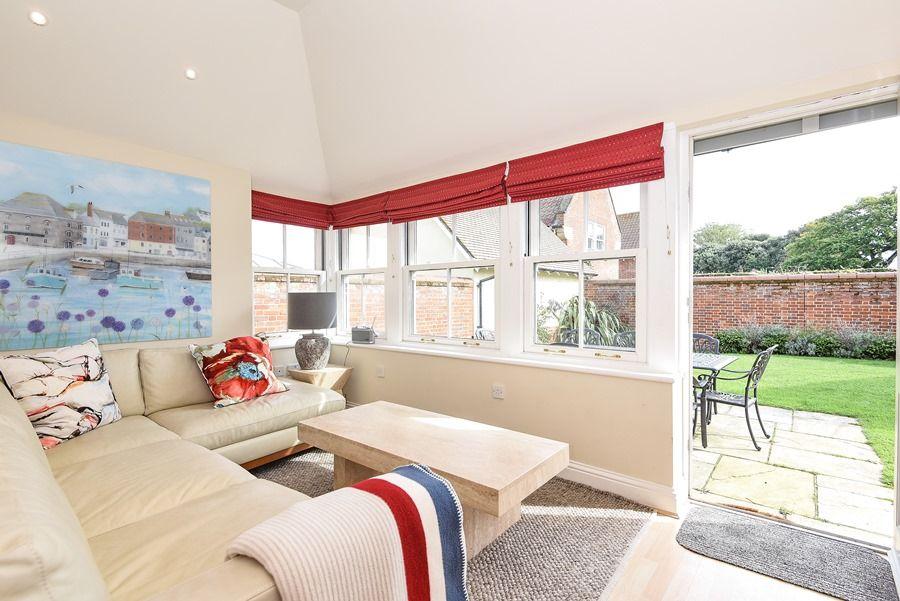 Commodores House 3 bedrooms | Garden room