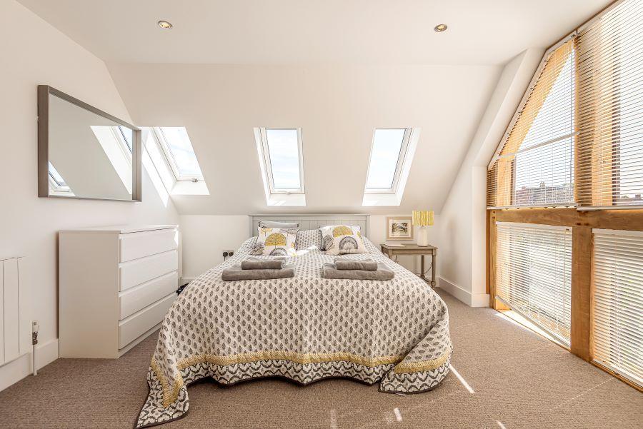 2 The Barns | Bedroom 2