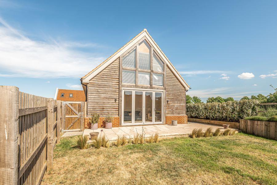 2 The Barns | Garden