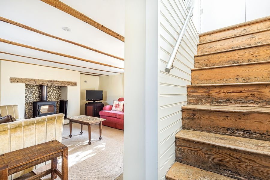 Oak Cottage | Staircase