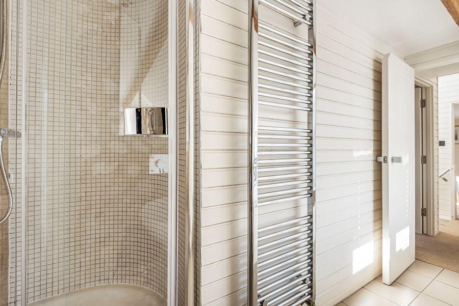 Oak Cottage | Shower