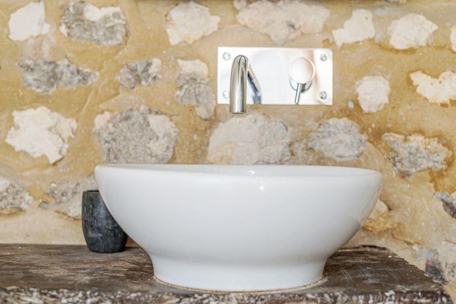 Oak Cottage | Wash basin